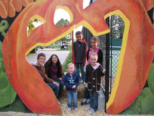 Pumpkin walk 2011 004