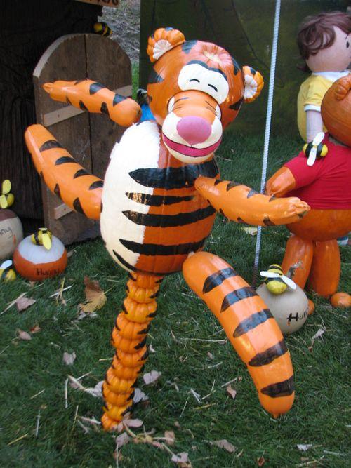 Pumpkin walk 2011 062